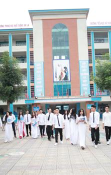 Giới thiệu Trường Trung học phổ thông Xa La